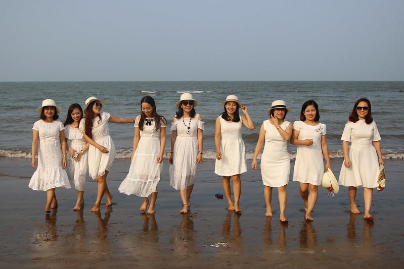 Nhung-bai-bien-dep-nhat-mien-bac-vietmountain-travel3