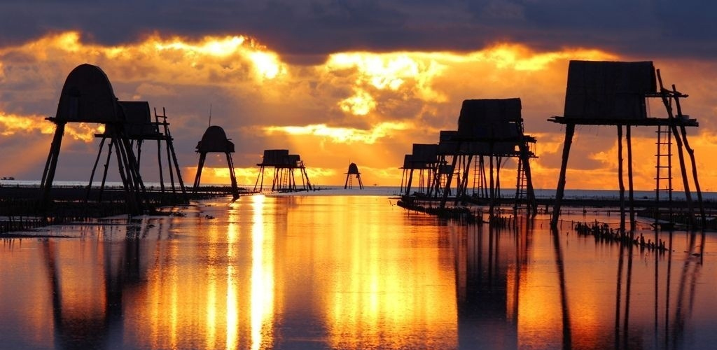 top-10-bai-bien-thien-duong-ly-tuong-cho-mua-he-o-mien-bac-vietmountain-travel5