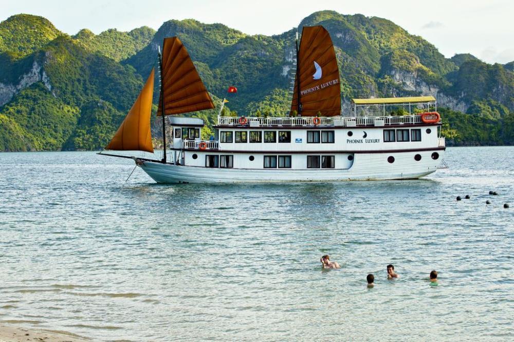 tour-ha-noi-dragon-park-vinh-ha-long-vietmountain-travel8