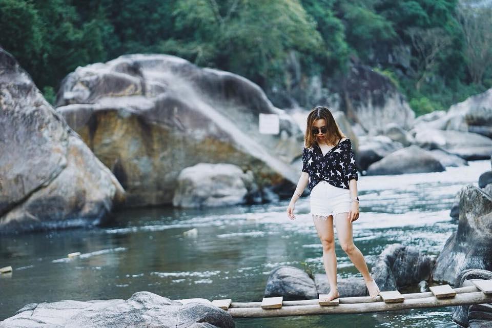 tour-ky-co-hon-kho-ham-ho-vietmountain-travel7