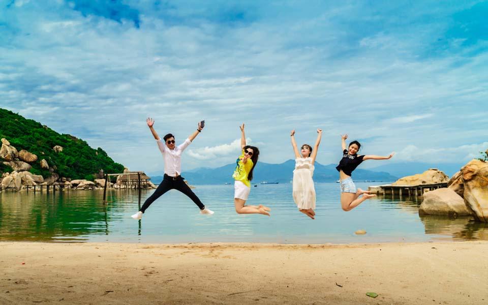Tết âm lịch 2019 nên đi du lịch ở đâu miền Trung? - Vietmountain Travel 2