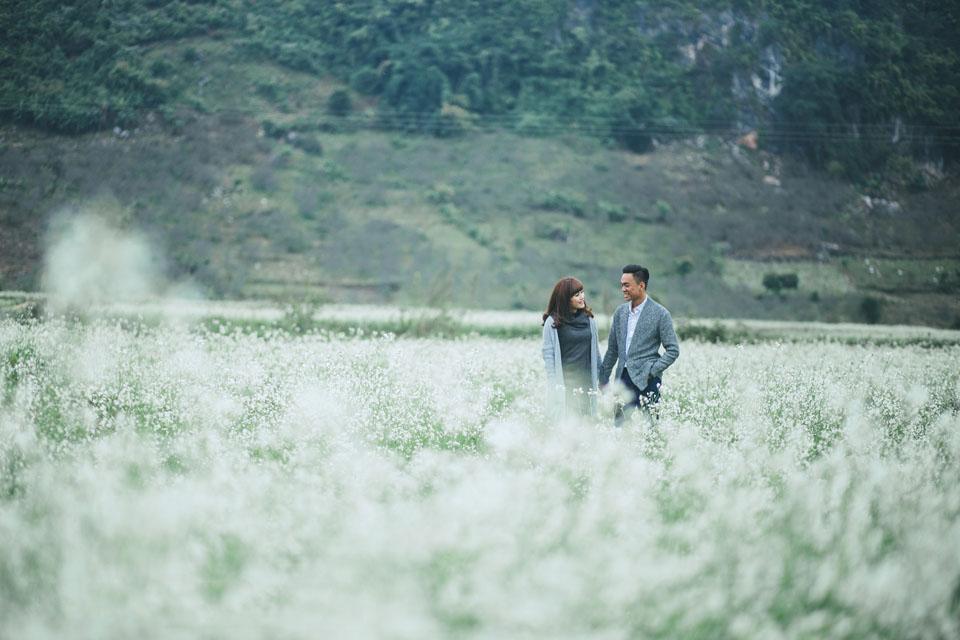 Mãn nhãn với cánh đồng hoa cải Bản Lùn nở trắng trời Mộc Châu - Vietmountain Travel 1