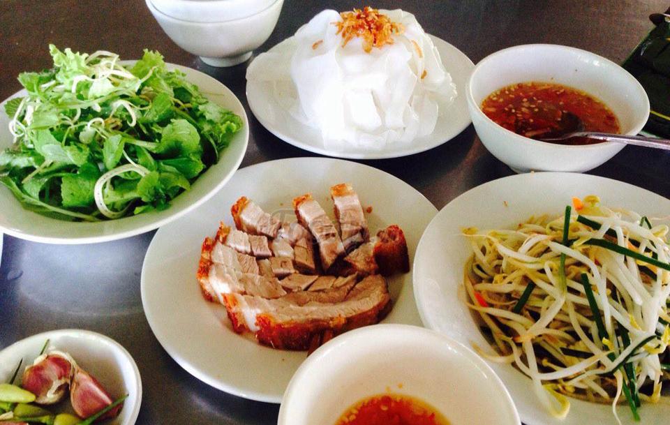 3 đặc sản xứ Huế ngon SẠCH BÁT SẠCH ĐĨA nhất định phải thử một lần - Vietmountain Travel 3