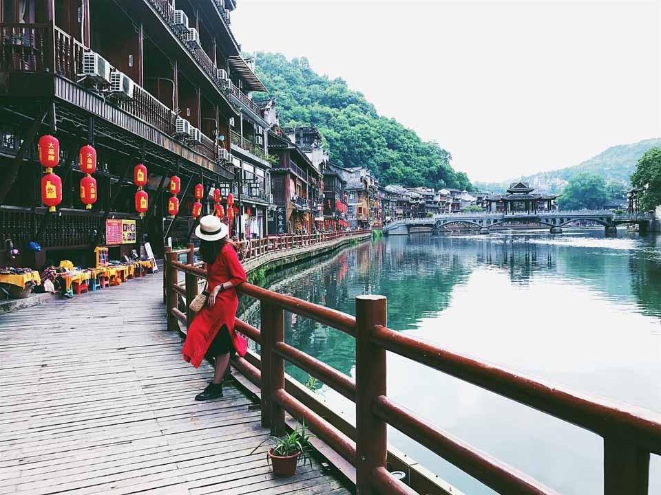 Những điểm tham quan hấp dẫn nhất không thể bỏ qua tại Trung Quốc - Vietmountain Travel 7