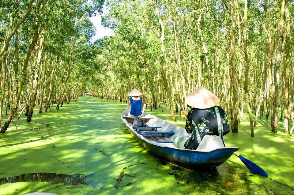 Đi du lịch miền Tây có gì hấp dẫn - Vietmountain Travel 1