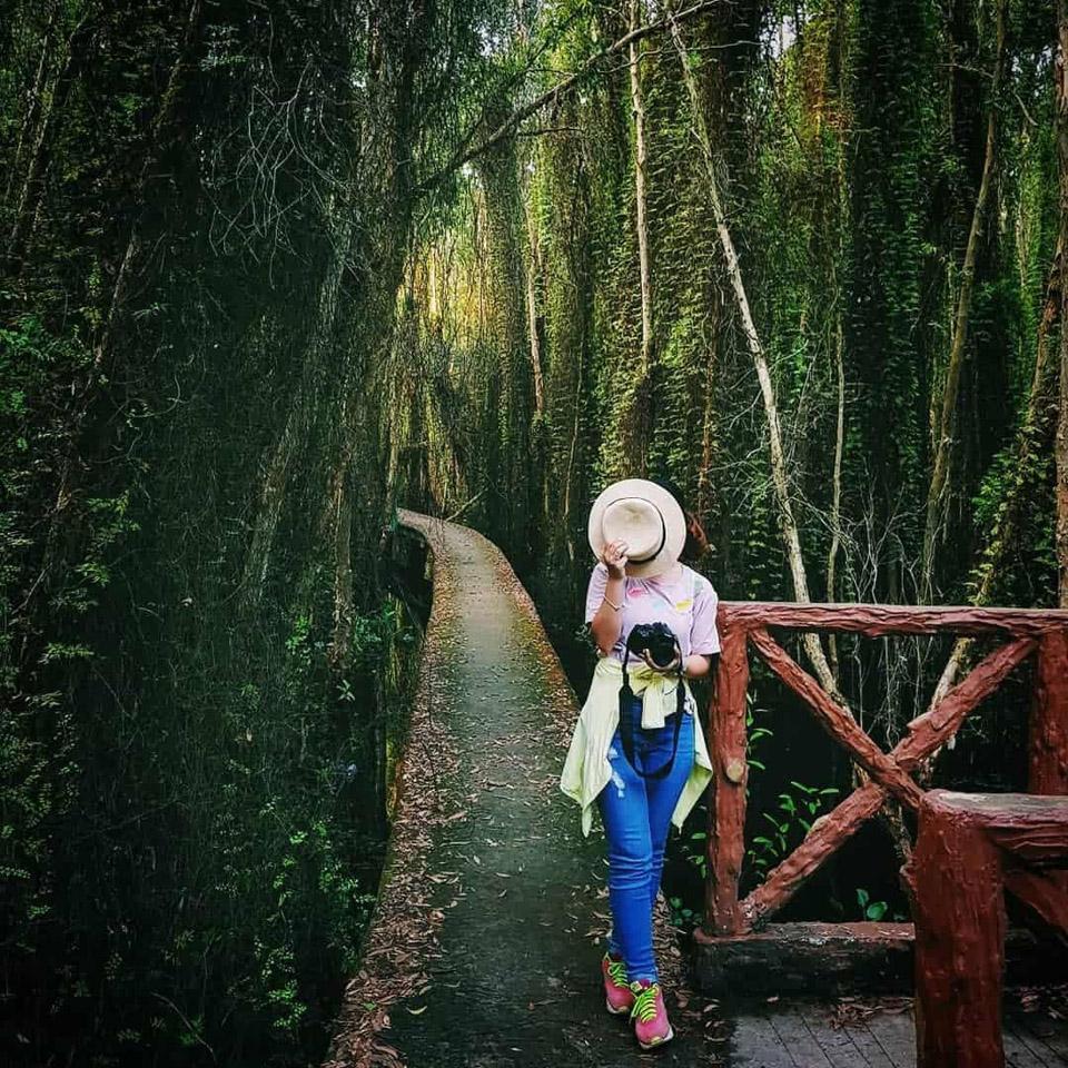Đi du lịch miền Tây có gì hấp dẫn - Vietmountain Travel 8