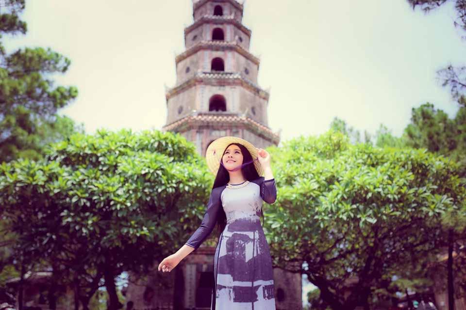 Những điểm tham quan hấp dẫn nhất không thể bỏ qua tại Huế - Vietmountain Travel 4