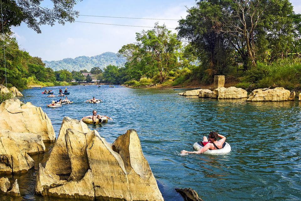Những Địa Điểm Du Lịch Hấp Dẫn Tại Lào 9