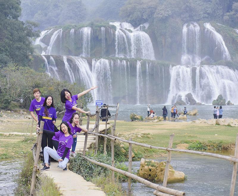 Tour Du Lịch Hà Giang Cao Bằng 5N4Đ Dịp 30 Tháng 4 giá rẻ - Vietmountain Travel 4