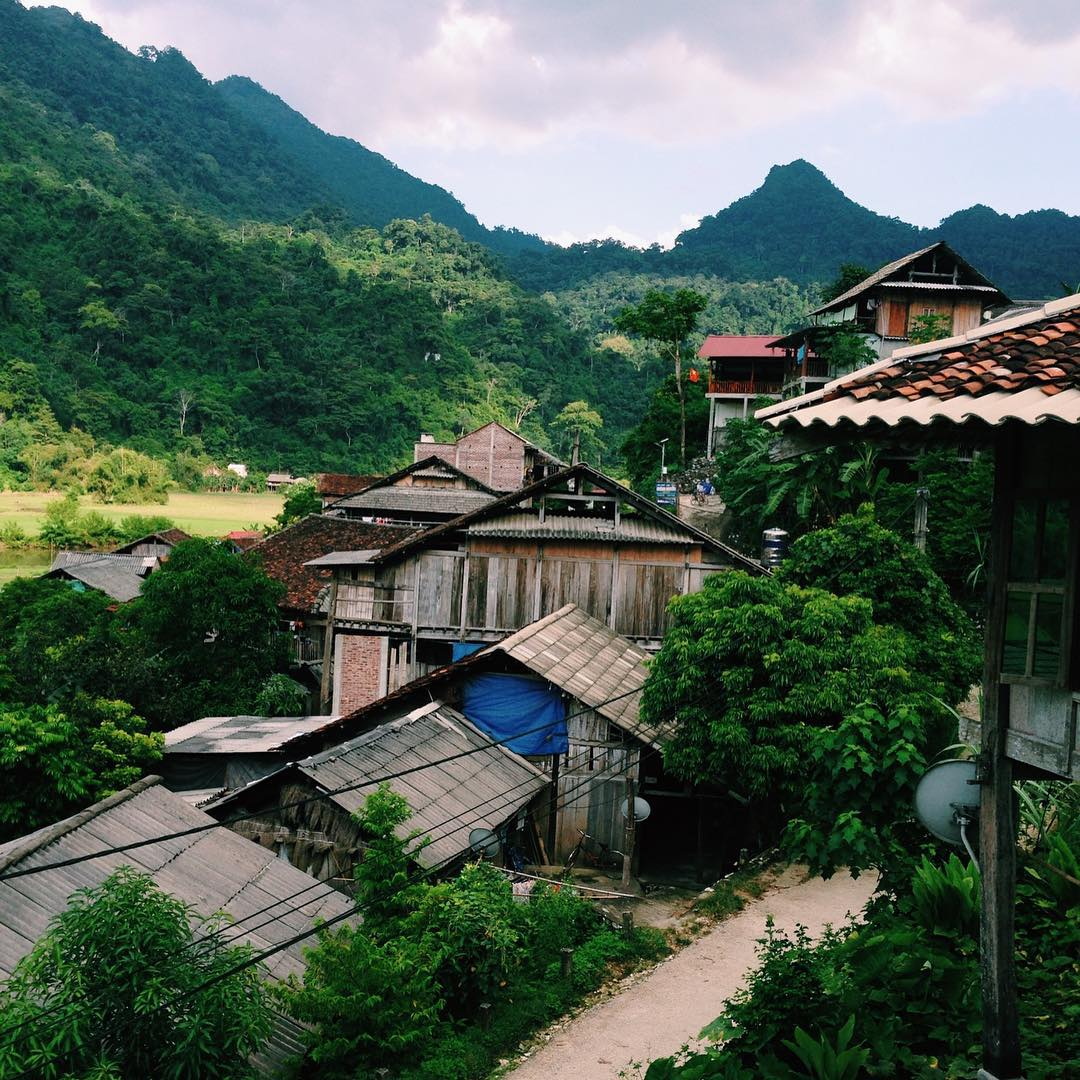 tour-ho-ba-be-bac-kan-vietmountain-travel6