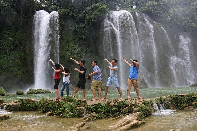 Du lịch Hồ Ba Bể - Thác Bản Giốc Mùa Xuân 2019 - Vietmountain Travel 3