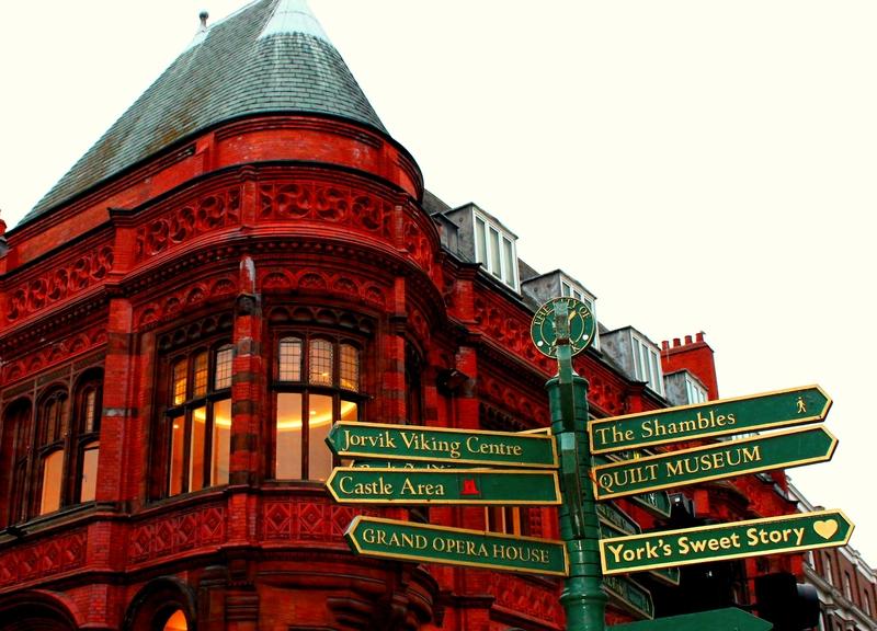 ha-noi-manchester-london-scotland-vietmountain-travel6
