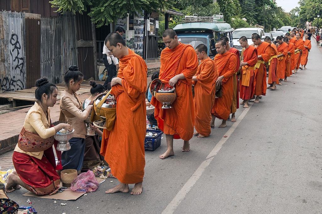 Tour Du Lịch Lào 5 Ngày 4 Đêm Giá Rẻ Từ Hà Nội 2