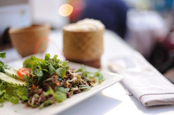 Những món ăn ngon nên thử khi đến du lịch Lào 2