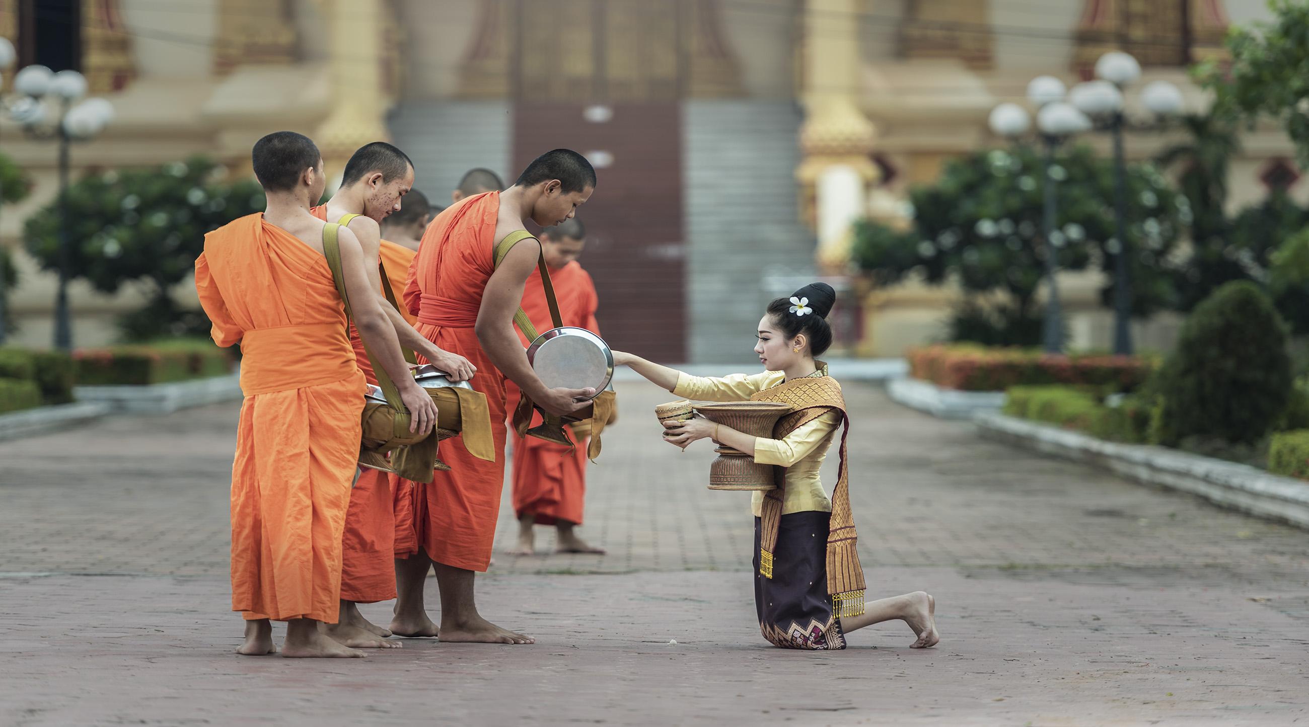 Cảm nhận về Lào sau hành trình 4 ngày 3 đêm - Vietmountain travel 3
