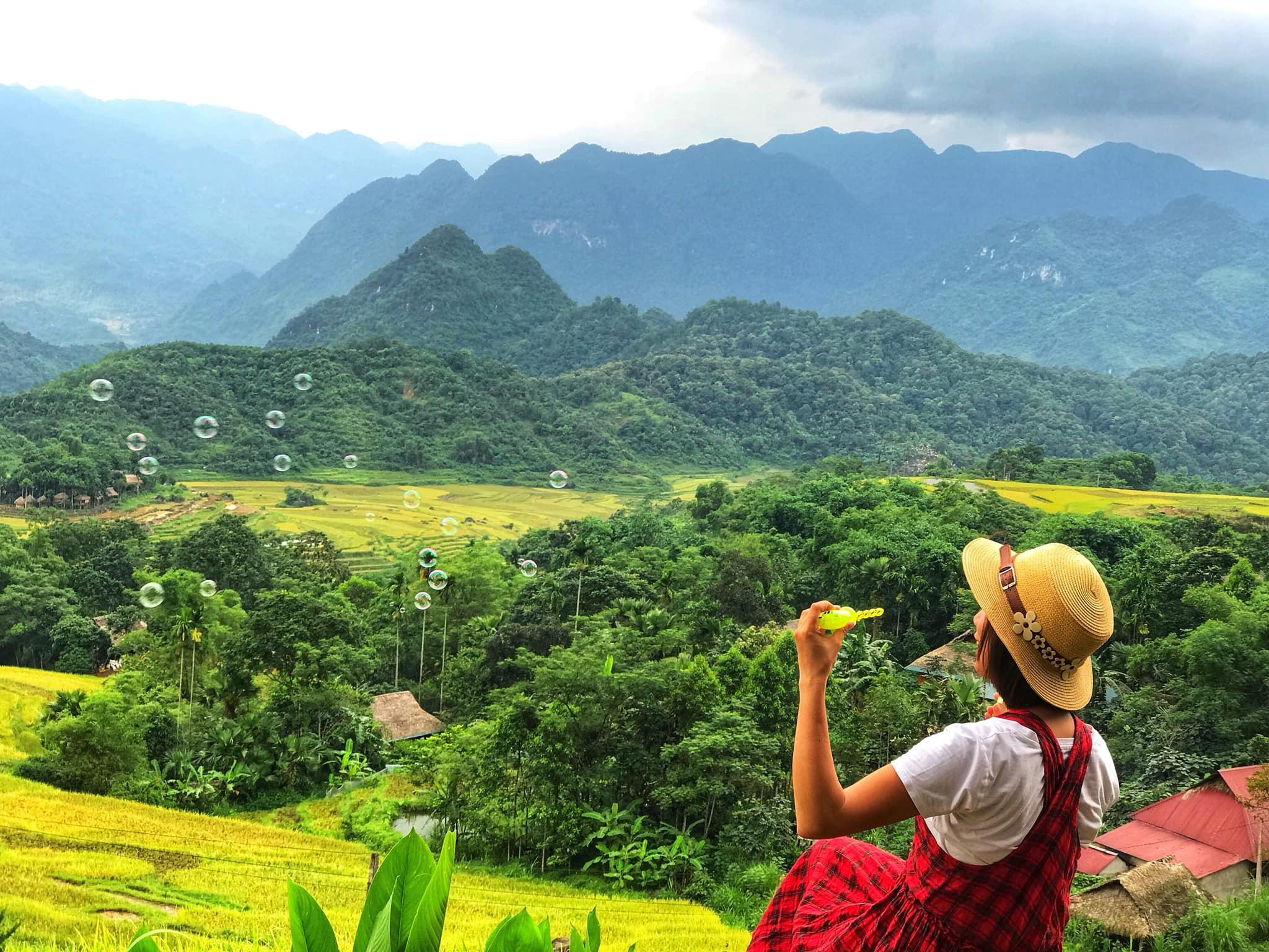 Chiem-nguong-pu-luong-mua-lua-chin-tour-pu-luong-vietmountain-travel