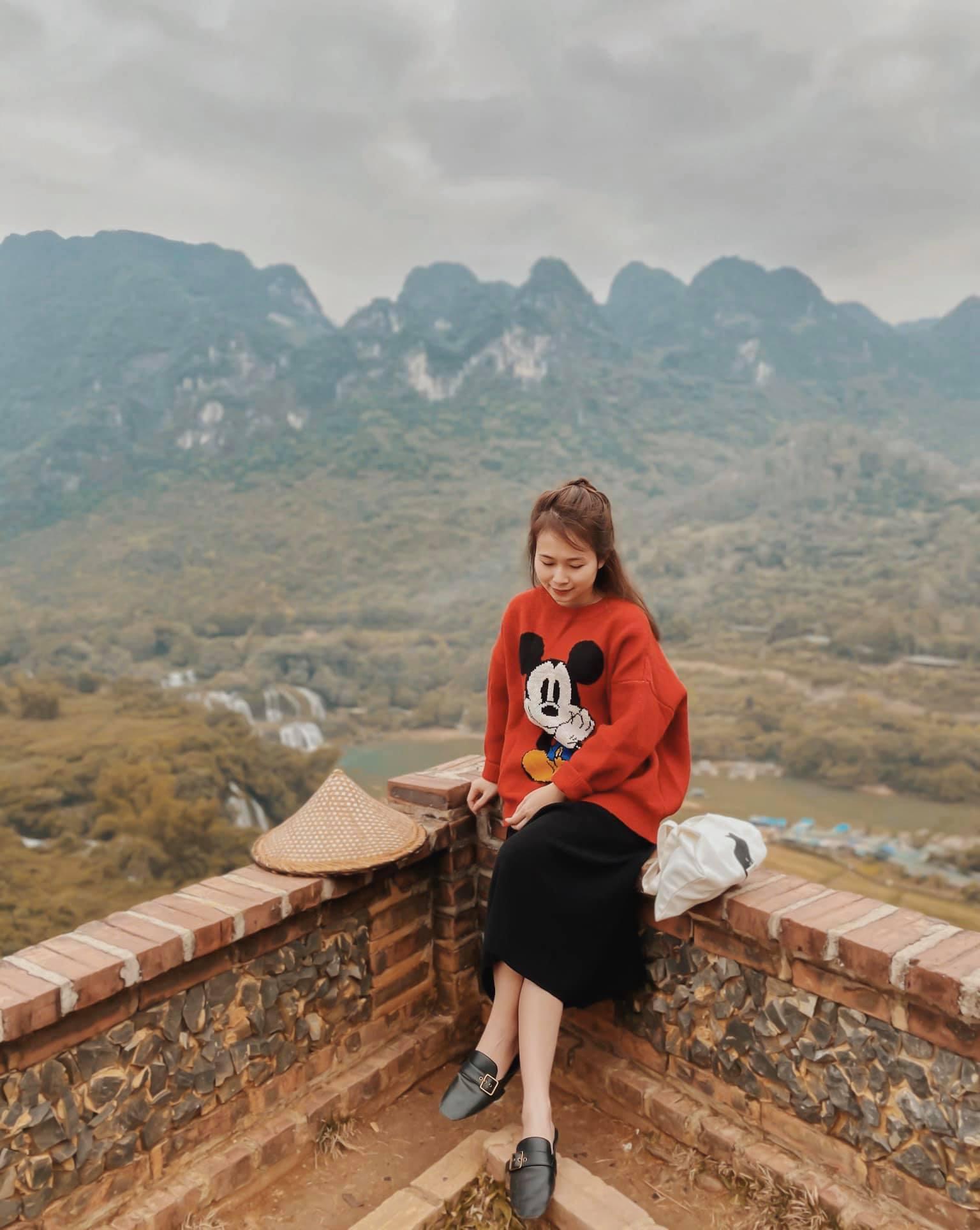 Tong-hop-nhung-dia-diem-du-lich-nui-hot-nhat-trong-dip-30-thang-4-vietmountain-travel111121