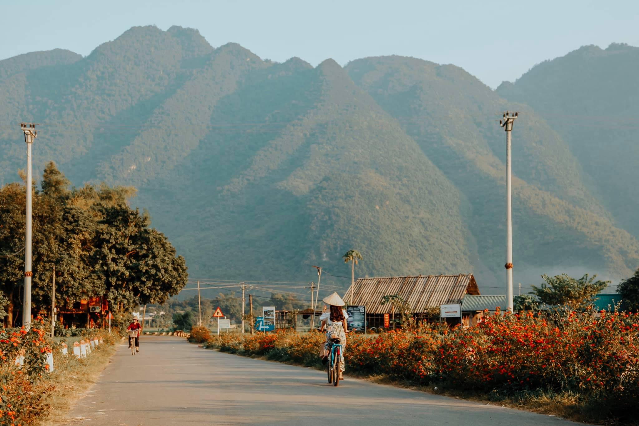 Tong-hop-nhung-dia-diem-du-lich-nui-hot-nhat-trong-dip-30-thang-4-vietmountain-travel14