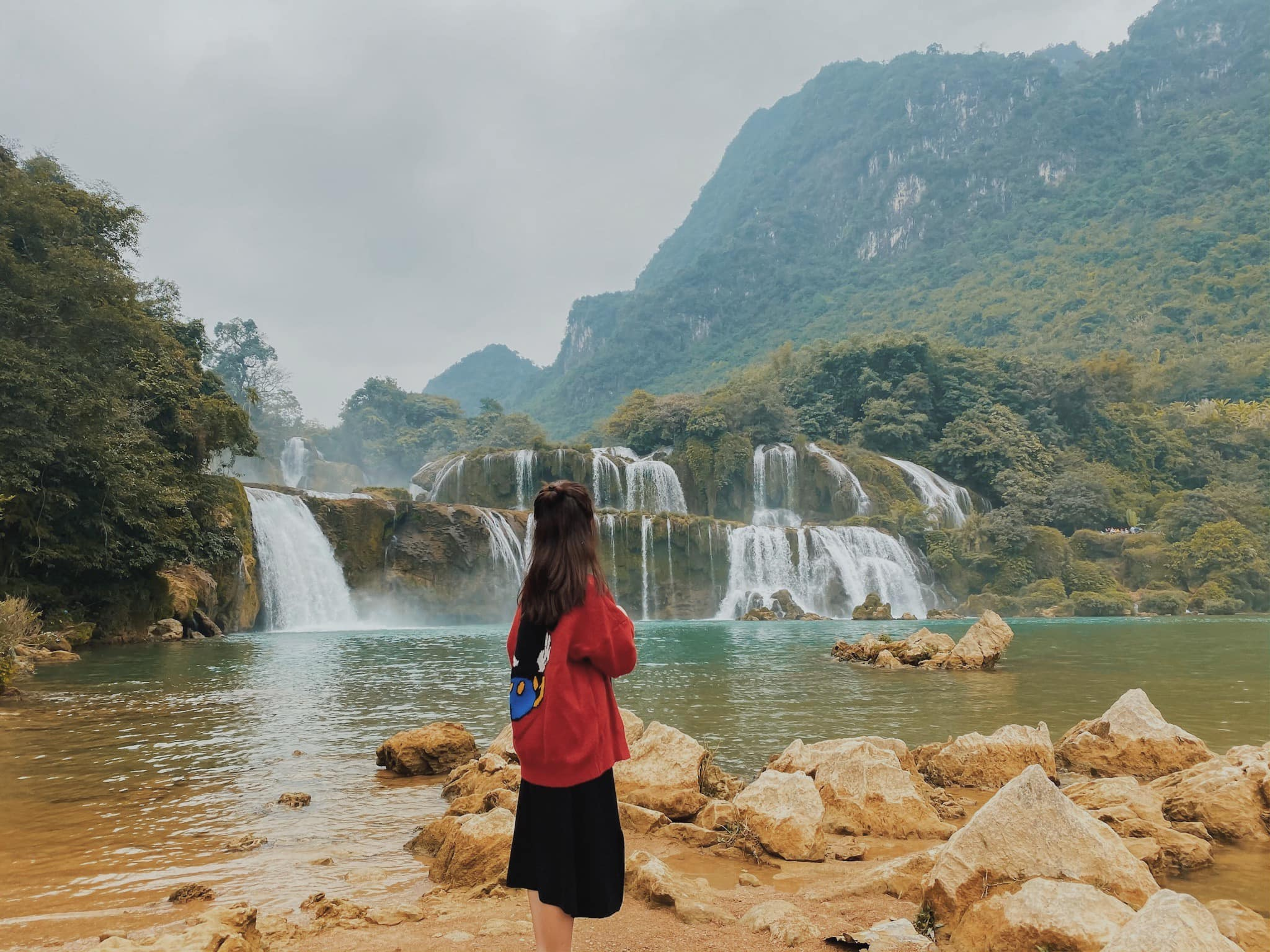 Tong-hop-nhung-dia-diem-du-lich-nui-hot-nhat-trong-dip-30-thang-4-vietmountain-travel21