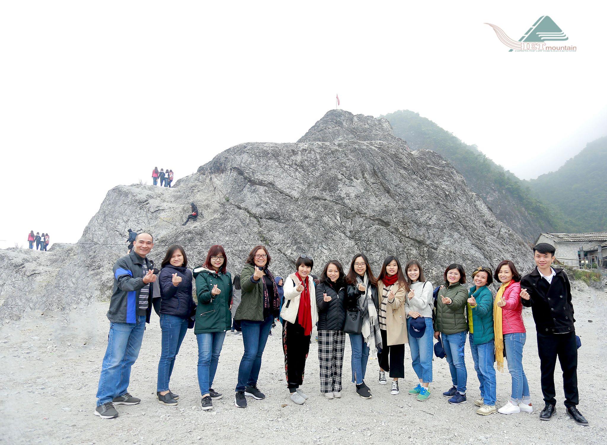 Cong-ty-du-lich-chuyen-tour-tay-bac-vietmountain-travel2111