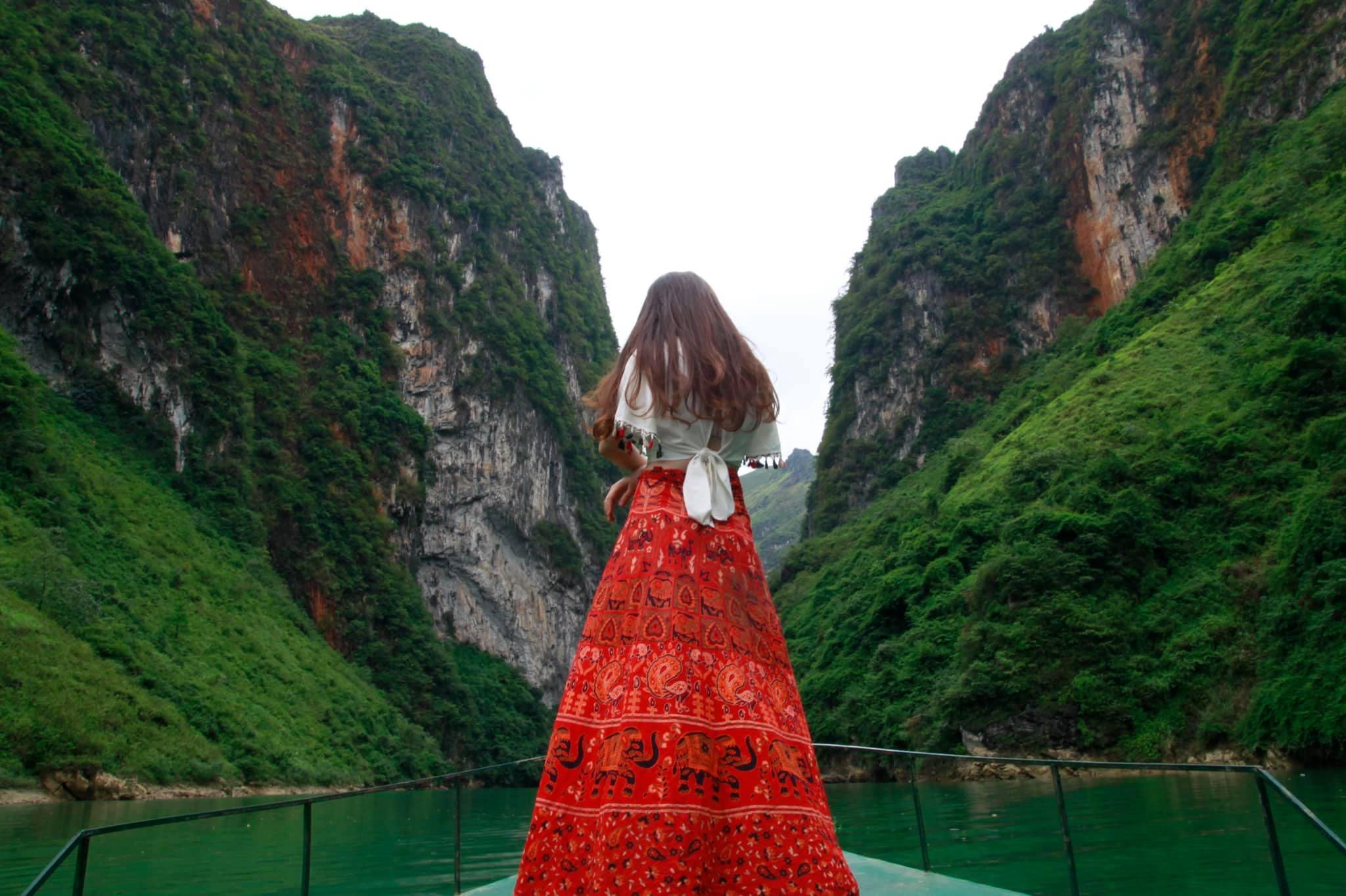 Top-3-diem-du-lich-nui-hot-nhat-trong-dip-tet-nguyen-dan-2020-vietmountain-travel1 (1)