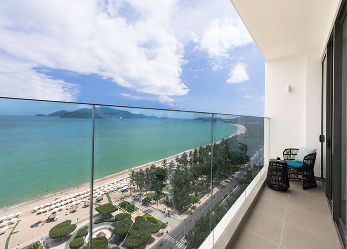 combo-free-and-easy-tai-citadines-bayfront-nha-trang1