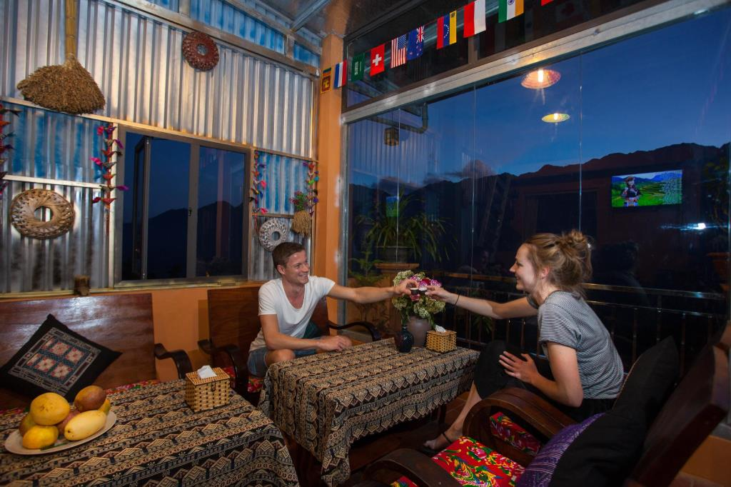 combo-homestay-littlel-view-sapa-vietmountain-travel2