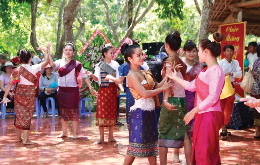 Tour Du Lịch Lào 5 Ngày 4 Đêm Giá Rẻ KH Từ Hà Nội 4