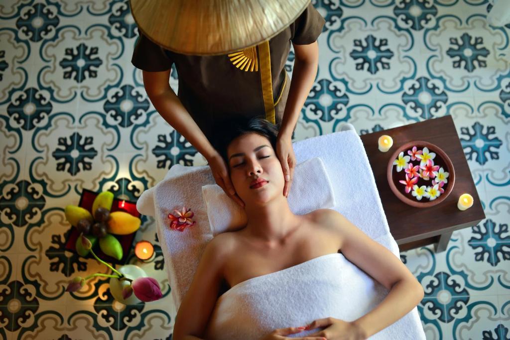 combo-free-and-easy-tai-the-Anam-Resort-5-sao-vietmountain-travel6
