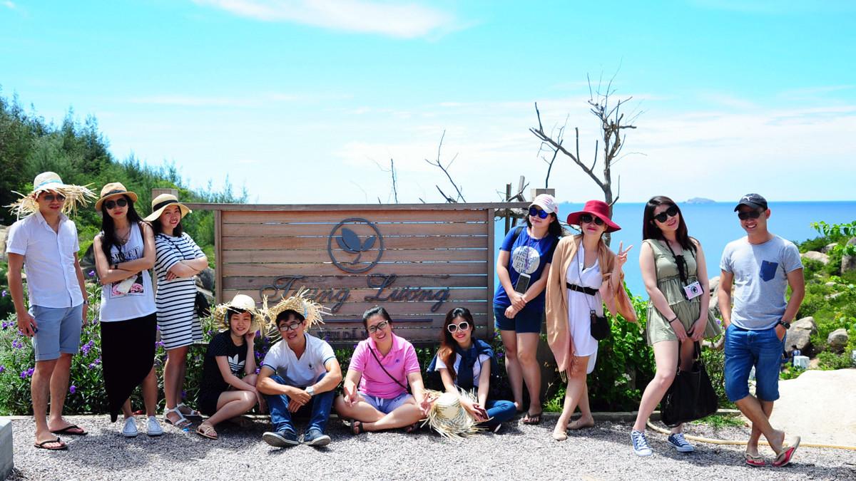 tour-ky-co-hon-kho-ham-ho-vietmountain-travel10