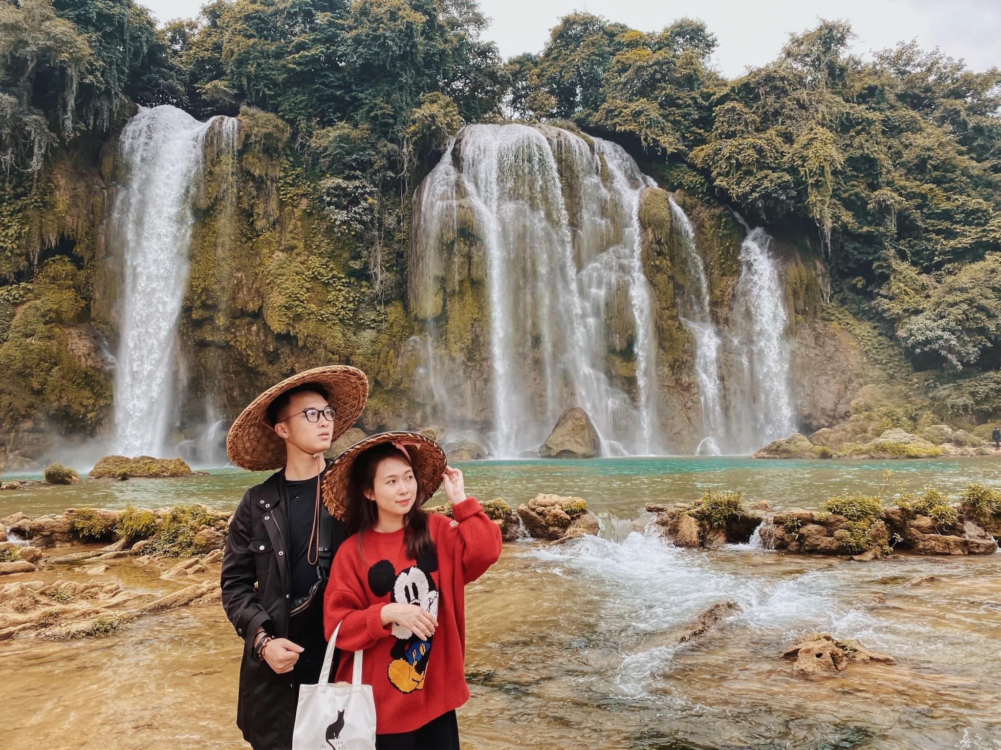 Cong-ty-du-lich-chuyen-tour-dong-bac-vietmountain-travel