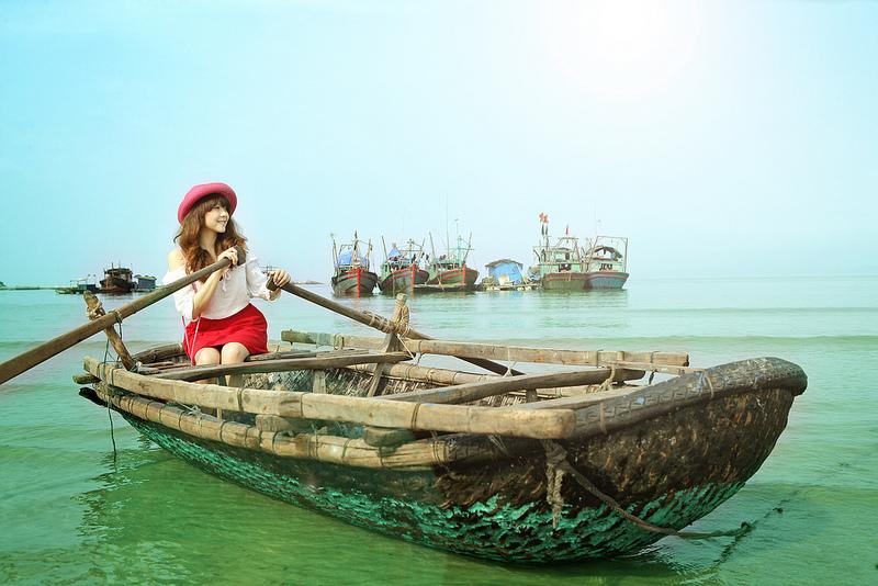 ngam-hoang-hon-co-to-lang-man-den-tung-khoanh-khac-vietmountain-travel1