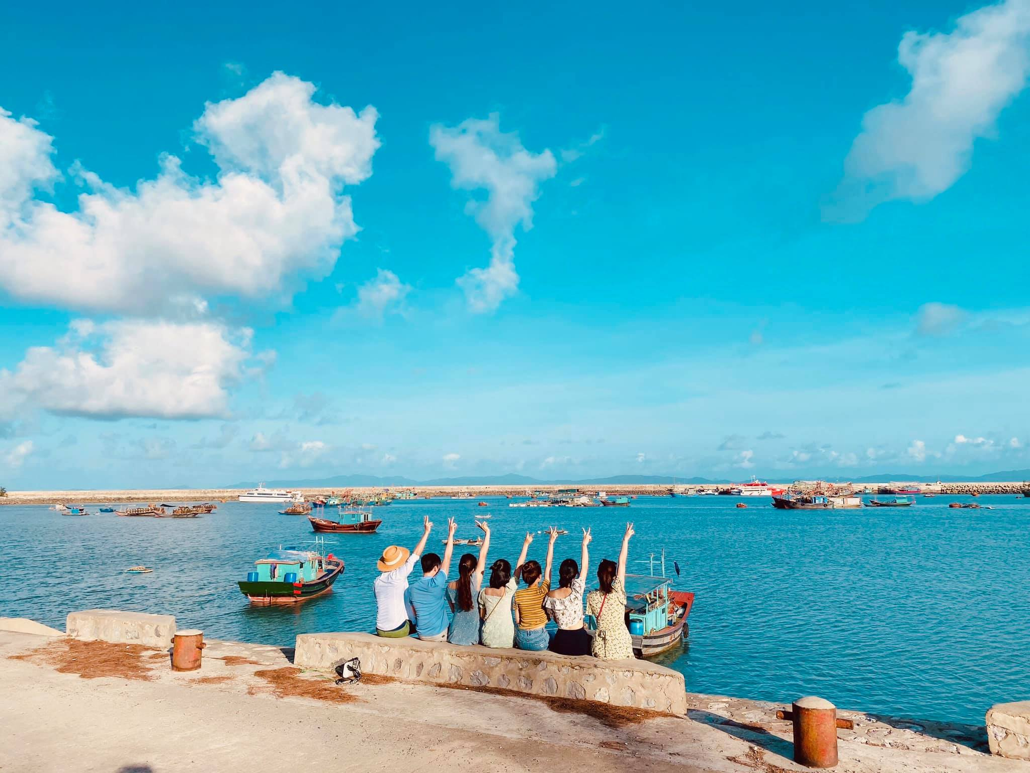 xung-xinh-checkin-nhung-bai-tam-dep-o-co-to-vietmountain-travel7
