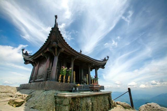 Tour Du Lịch Yên Từ Chùa Ba Vàng Du Xuân 2019 - Vietmountain Travel 2