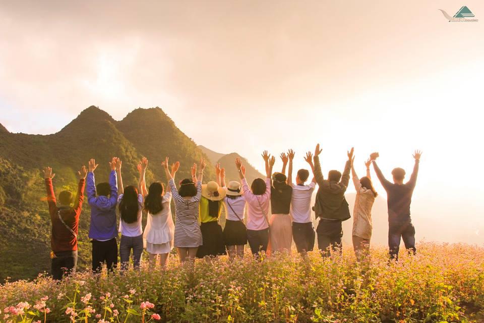 Tour du lịch Hà Giang 3 ngày 2 đêm mùa hoa tam giác mạch - Vietmountain Travel 1