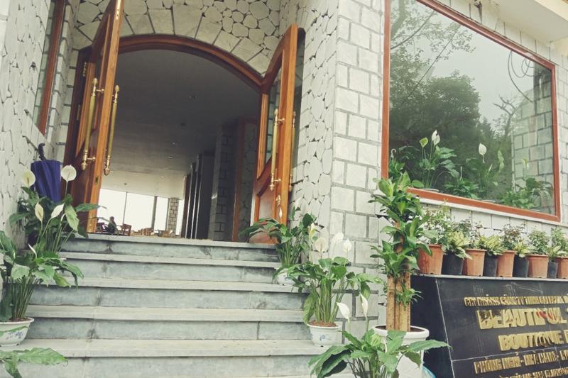 Combo-Free-and-Easy tai-khach-san-Beautiful-Sapa-Boutique-vietmountain-travel13